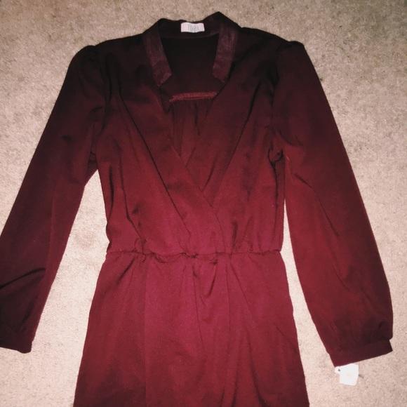 Tobi Dresses & Skirts - burgundy knee length dress
